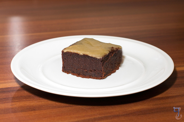 Coffee & Bourbon-glazed Mississippi Mud Cake Brownies