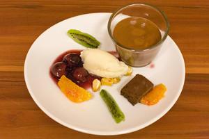 2x Schokolade, Pfefferkirschen, Zitronengraseis, Gedöns